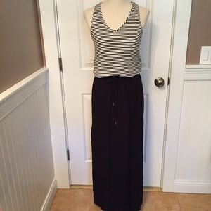 ⭐️ DREW DRESS MAXI LONG BLACK WHITE SLEEVELESS S